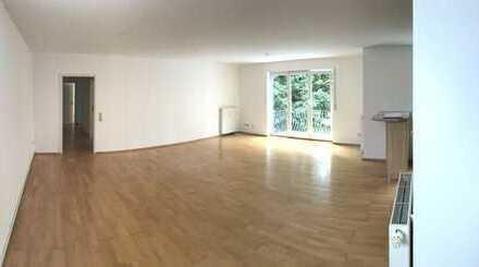 !Bieterverfahren! Großzügige 3-Zimmer-Wohnung mit Balkon in Karlsruhe