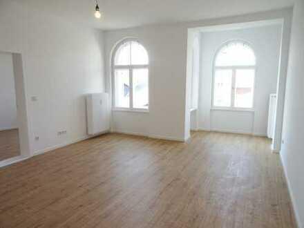 *NEU* Große 2-Zimmerwohnung in Schöneberg/ nahe S-Bhf. Schöneberg