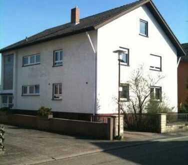 Gepflegte 120qm 4-Zimmer-Wohnung mit Balkon in Stutensee Friedrichstal