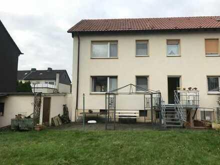 Sehr schönes Haus mit großen Garten und sechs Zimmern in Dortmund, Nette