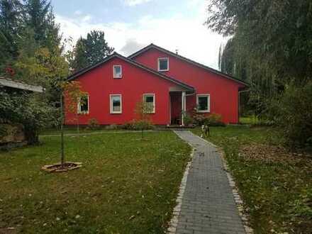 Schönes Haus mit sechs Zimmern in Barnim (Kreis), Panketal