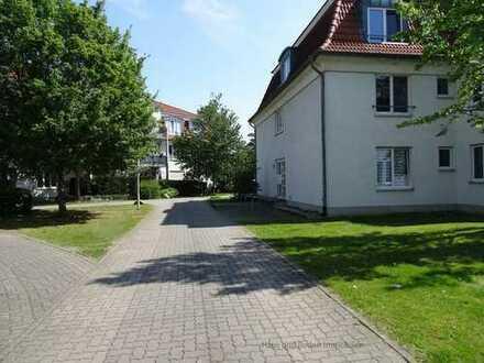 3 Zimmerwohnung m. großem Hobbyraum und Terrasse