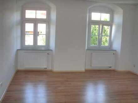 Individuell gestaltete 2-Raum Wohnung