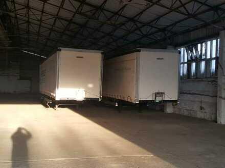 große Lagerhalle ohne Stützen Stellplätze Büro