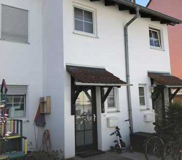 Schönes Haus mit fünf Zimmern in Offenbach (Kreis), Hainburg