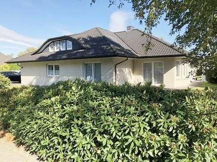 Schickes Einfamilienhaus mit großem Garten in zentrumsnaher Lage in Rhauderfehn! 360° Rundgang!