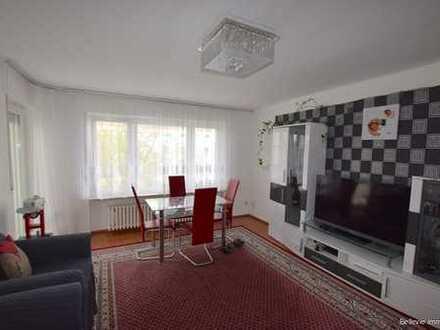 Sehr gepflegte 4-Zimmer-Wohnung mit Balkon nahe Mainufer