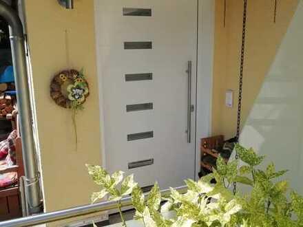 Schöne 3-4 Zimmer Wohnung mit Terrasse zu vermieten