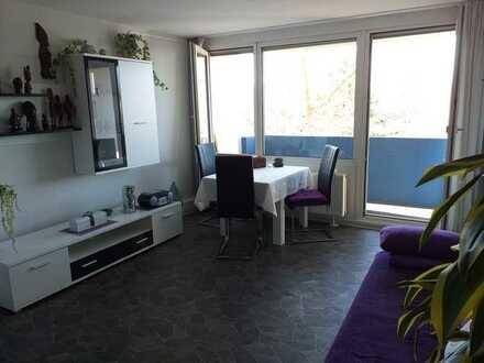 Exklusive 1,5-Zimmer-Wohnung mit Balkon und Einbauküche in Waiblingen