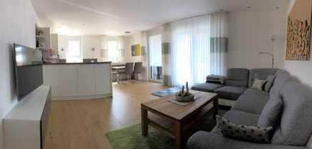 Neuwertige 4-Zimmer-Wohnung mit Süd-/Westbalkon in ruhiger Lage