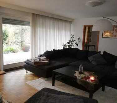 Ansprechende 3,5-Zimmer-Terrassenwohnung mit Balkon und Einbauküche in Kaiserslautern