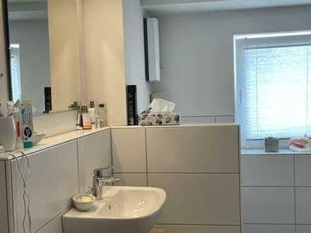 Attraktive 4-Zimmer-Maisonette-Wohnung mit EBK in Gräfensteinberg
