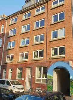 Kiel Schreventeich: Gepflegte 3-Zimmerwohnung mit Balkon