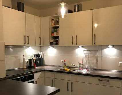 Schöne 4-Zimmer-Wohnung mit Einbauküche in Friedrichshain, Berlin