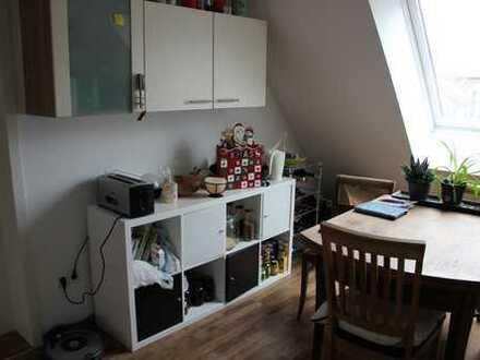 Gemütliche 2-Zimmer-DG-Wohnung in Tübingen