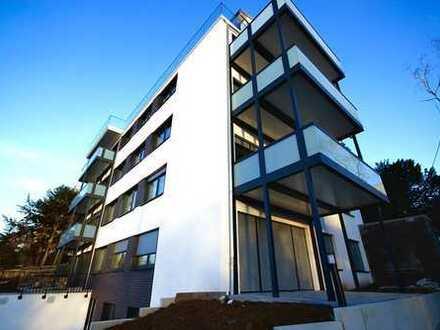 Erstbezug mit EBK und Balkon: exklusive 3-Zimmer-Wohnung in Stuttgarter Halbhöhenlage
