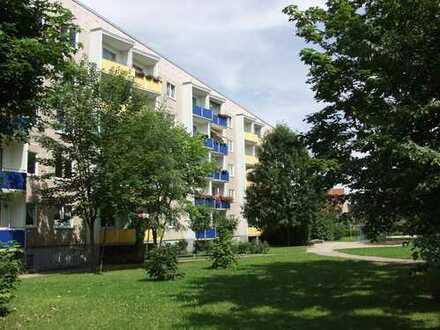 ruhige 2-Raum-Wohnung mit Balkon