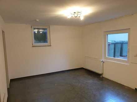 + Einzugsbereit + Großzügige 2-Zimmer Untergeschoss ETW  im Herzen von Illingen