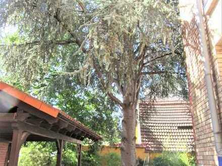 **AB SOFORT! Wunderschöne Altbauwohnung mit Gartenmitbenutzung**
