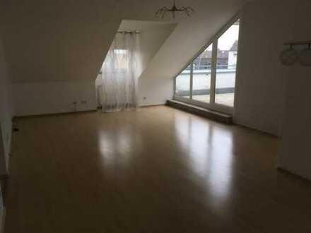4-Zimmer Wohnung mit Dachterrasse in Weiden