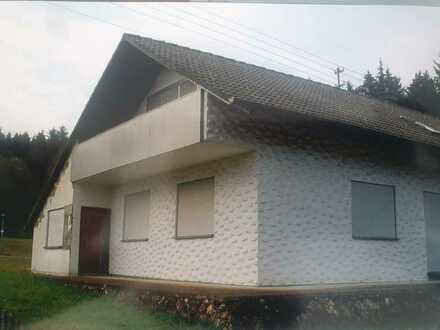 Freundliches Haus mit vier Zimmern und EBK in Nusplingen, Nusplingen