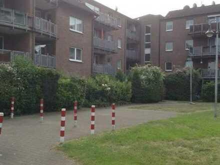 Helle DG Wohnung mit Balkon / 2,5 Zimmer in DU-Obermarxloh