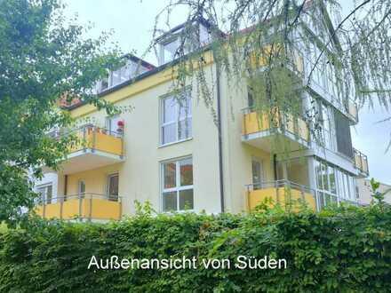 Sehr helle, geräumige und gepflegte 2-Zimmer-Wohnung mit Balkon in Markt Schwaben