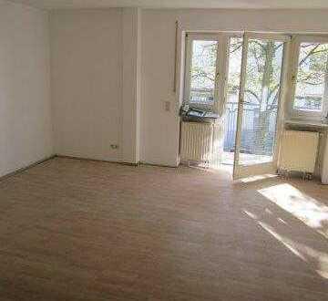 ***HÜBSCHE gut geschnittene HELLE 3-Zimmer-Wohnung,ca.77 m², 2 Balkone, BERG AM LAIM-Isareckstraße