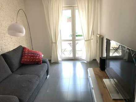 Neuwertig und modern möblierte 2 Zimmer-Wohnung mit EBK, Balkon in Karlsruhe Durlach, Nähe Turmberg