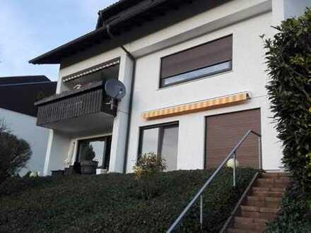 Helle 2-Zi-Wohnung mit unverbautem Fernblick