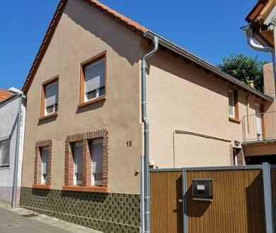 Einfamilienhaus sucht Liebhaber - Worms-Leiselheim