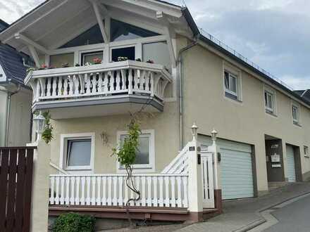 Besonderes Einfamilienhaus mit drei Zimmern und Einbauküche in Eltville am Rhein, Eltville