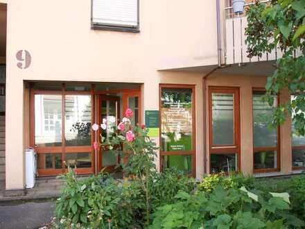 Freundlich helle Büro-/Praxisräume/ Renditeobjekt, ca. 136 qm, Kernen-Stetten