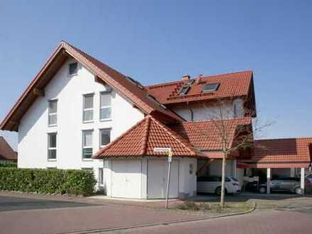 Sonnenhelle 5-Zimmerwohnung in einem sehr gepflegten Dreifamilienhaus in Bestlage