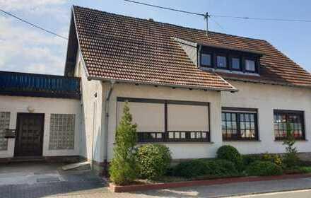 Ein Haus - viele Möglichkeiten...! In toller Wohnlage von Freisen!