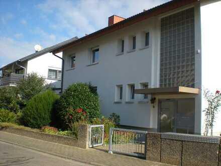 Schöne 4-Raum-Wohnung mit EBK und Balkon in Wiesloch