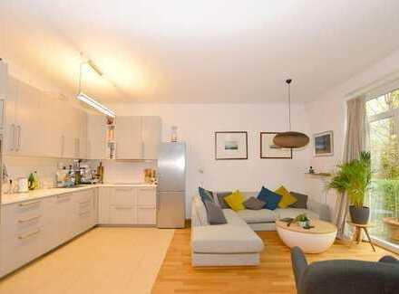 Hohenfelde: Traumhafte 3-Zimmer-Erdgeschosswohnung mit kleinem Garten in zentraler Lage...