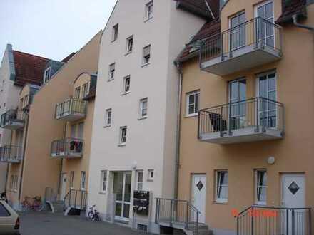 1 Zimmer Wohnung in Offingen mit Außenstellplatz und Kellerraum