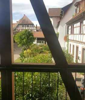 Idyllisch inmitten der Altstadt, 2 Zimmer Wohnung , Loggia, neuwertig, Garagenstellplatz
