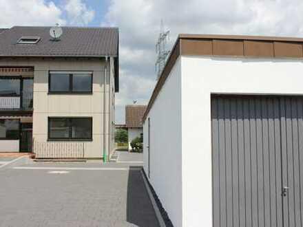 Sanierte 4-Zimmer-Erdgeschosswohnung mit Balkon in Mering