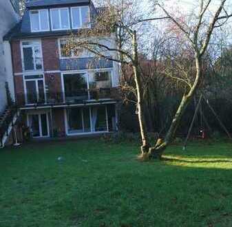 2 Zimmer (mit Bad) in Haus-WG und Garten frei