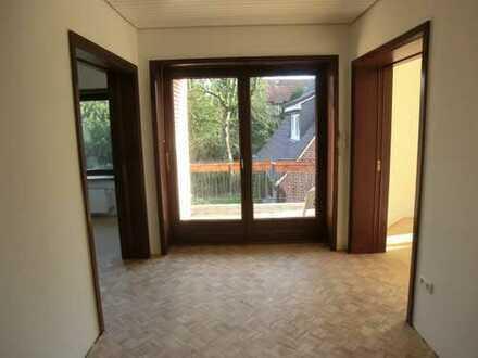 Attraktive 3-Zimmer-Wohnung mit Balkon und Einbauküche in Hamburg -Bergedorf
