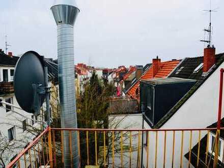 Über den Dächern der Bremer-Neustadt! Gepflegte 2,5-Zimmer-Wohnung mit EBK!