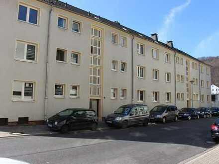 Hagen-Eckesey:Renoviertes Single-Appartement mit großer Wohnküche und Balkon
