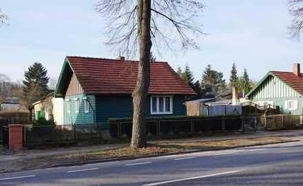 KLeinhaus mit Garage und Nebengelass in zentrumsnaher Lage * grosser Gartenanteil