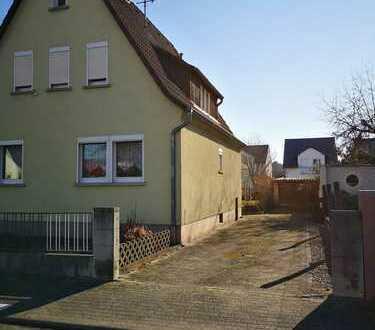 Gepflegtes freistehendes Einfamilienhaus in gesuchter Lage von Kahl am Main