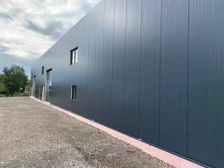 Neubau Gewerbehalle mit Bürofläche ab 390 qm Mietfläche