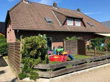 Vollständig renoviertes Reihenendhaus mit vier Zimmern und Einbauküche in Gifhorn, Gifhorn