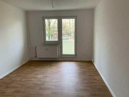 1-Raumwohnung mit separater Küche und Balkon