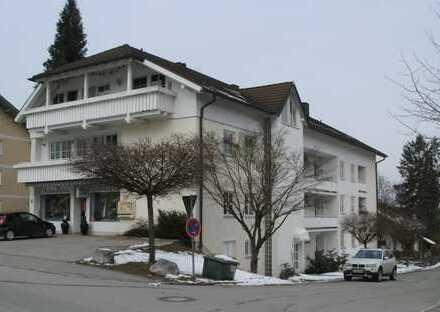 Zentral und trotzdem ruhige 1-Zimmer-Wohnung mit Balkon in Seefeld